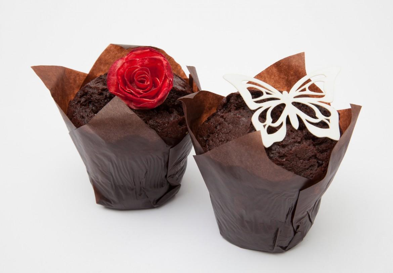 Muffiny s dekoracemi z jedlého papíru